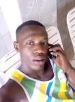 Mickael, 20  , Ouagadougou