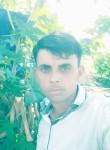 Ishwar, 25, Ahmedabad