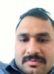 Girish, 33  , Ad Dasmah
