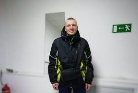 Vitaliy, 41 - Just Me