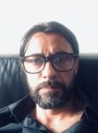 Tito, 45  , Toulouse