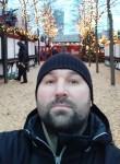 Slava, 45  , Berlin