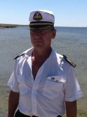 aleks, 56, Russia, Temryuk