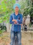 Manu, 18  , Chandigarh