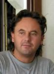 Giuseppe, 51  , Bergamo