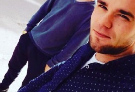 Aleksey, 19 - Just Me
