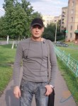 Artur, 44  , Balti