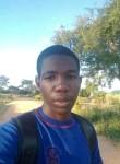 Tynash teezy, 22  , Harare