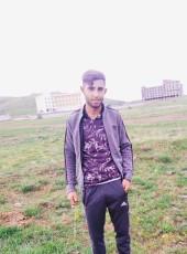 Yalçın, 22, Turkey, Tatvan