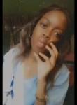 Sarah, 18  , Libreville