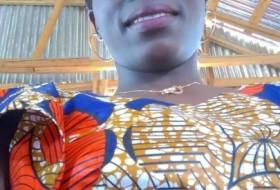 zuhura hassan, 26 - Just Me