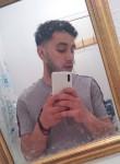 Mohamed, 22, Paris