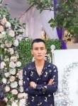 Lê, 29, Haiphong