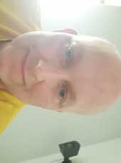 Anders, 44, Denmark, Koge