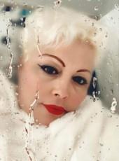 Luz, 51, Spain, San Isidro