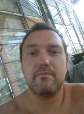 Oleg, 41, Russia, Svetlyy Yar