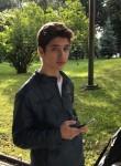 Denis, 18, Pskov