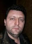 Pllum, 36  , Tirana