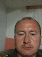 hasan, 43, Bosnia and Herzegovina, Sarajevo