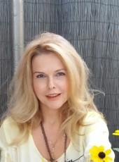 Elena, 40, Russia, Anapa