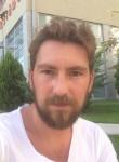 Can Alpaslan, 33, Ankara