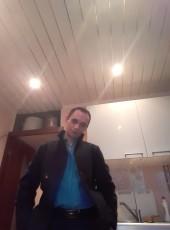 Aleksey, 32, Russia, Murmansk