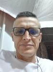 Manuel, 49  , Caicedonia