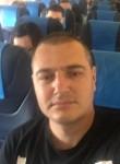 Slava, 37  , Hollywood (State of California)