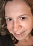 Claire, 28  , Placentia