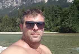 Vitalii, 37 - Just Me