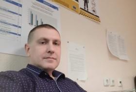 Aleksandr , 36 - Just Me