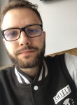Cyril, 26, Marseille