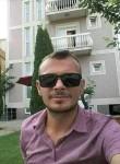 Astrit , 35, Podujeva