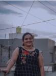 priya, 21, Baramati