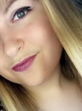 Alison, 22, France, Decines-Charpieu