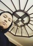 Omurbek, 19, Bishkek