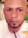 Arismendy vera, 36  , Santo Domingo