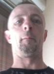 Michel, 44  , Juvisy-sur-Orge