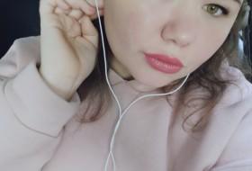 Darya, 26 - Just Me