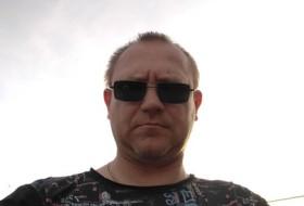 Vitalik, 43 - Just Me