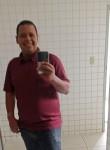 João, 39  , Recife