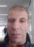 Redouane, 42  , Franconville