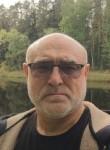 VIKTOR, 55, Omsk