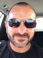 Hervé, 48, France, Lyon