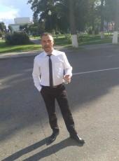Sergei, 36, Belarus, Lyuban