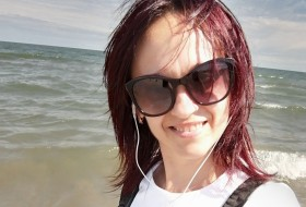 Tatiana, 40 - Just Me