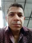 Marcos , 44  , Parobe