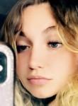 Brianna, 20, New Lenox