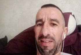 Nicolas, 43 - Just Me