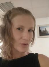 Yulya, 34, Ukraine, Dnipr